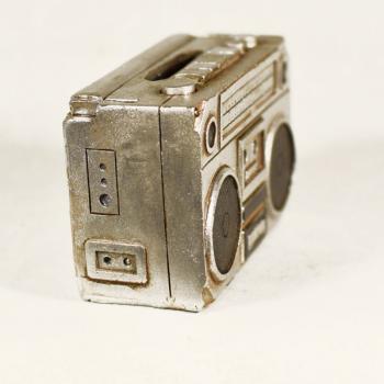 Vintage Διακοσμητικό μινιατούρα πολυεστερικό Κουμπαράς Ραδιόφωνο 9 cm