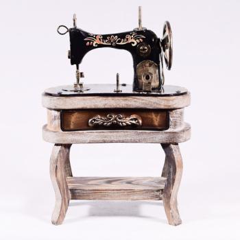 Vintage Διακοσμητικό Ραπτομηχανή Singer 19.0cm με βάση