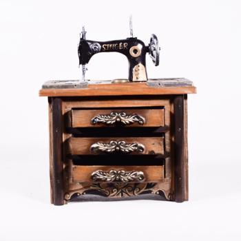 Vintage Διακοσμητικό Ραπτομηχανή Singer 17.0cm με βάση