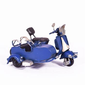 Vintage Διακοσμητικό μεταλλική μινιατούρα - Βέσπα με Καλάθι Μπλε 11.5cm