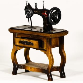 Vintage Διακοσμητικό Ραπτομηχανή με βάση Singer 20.0cm
