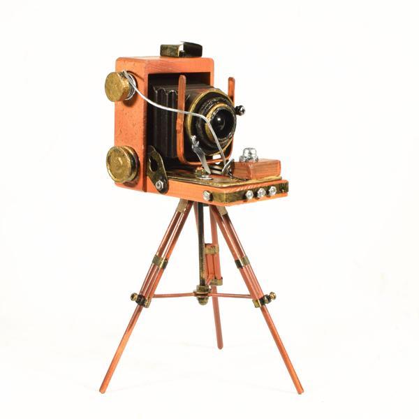 Vintage Διακοσμητικό Κάμερα με Τρίποδο 21.0 cm