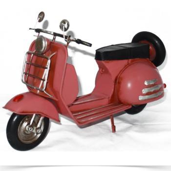 Vintage Διακοσμητικό μινιατούρα σιδερένια VESPA ITALIA ροζ 31cm