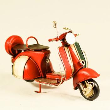 Vintage Διακοσμητικό μεταλλική μινιατούρα - Βέσπα Κόκκινη 17.0cm