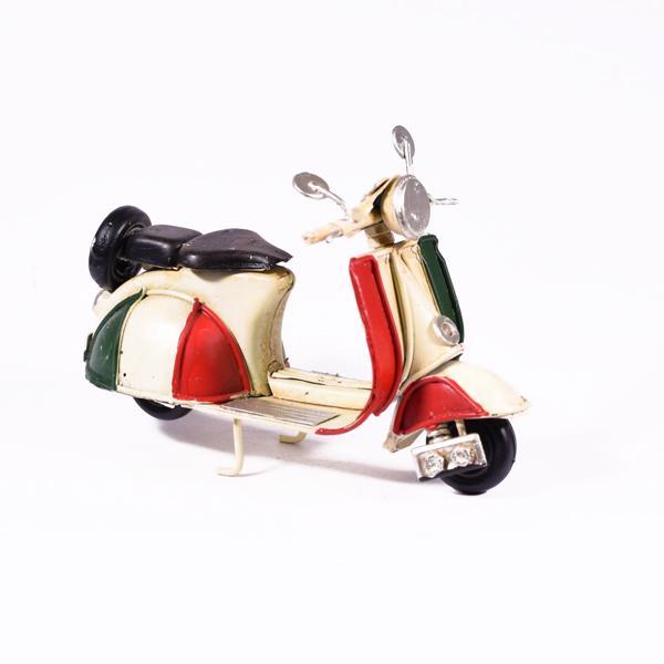 Vintage Διακοσμητικό μεταλλική μινιατούρα - Βέσπα Μπεζ Ιταλική 11.5cm